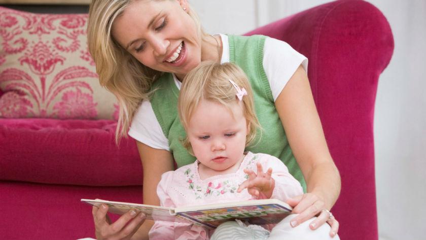 Bebeğin Bu Kitaplarla Uykuya Dalsın: Uyku Öncesinde Okuyabileceğin 10 Bebek Kitabı Önerisi!