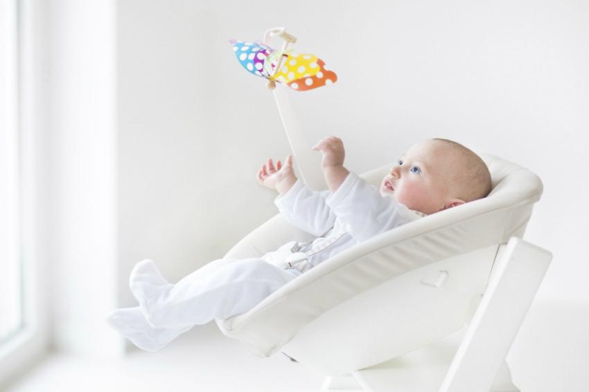 Bebeğinin En Eğlenceli İlk Oyuncağı: Ev Tipi Ana Kucağı!