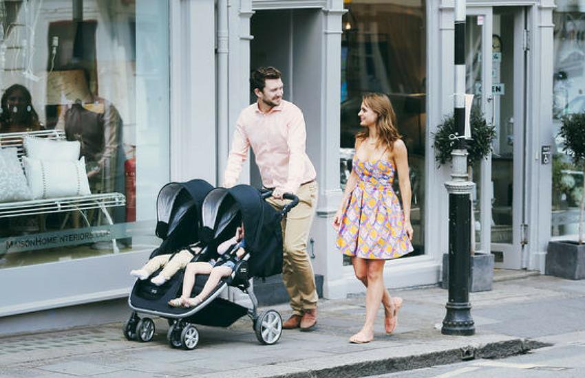 Anneler Arasında Popüler En İyi 10 İkiz Bebek Arabası
