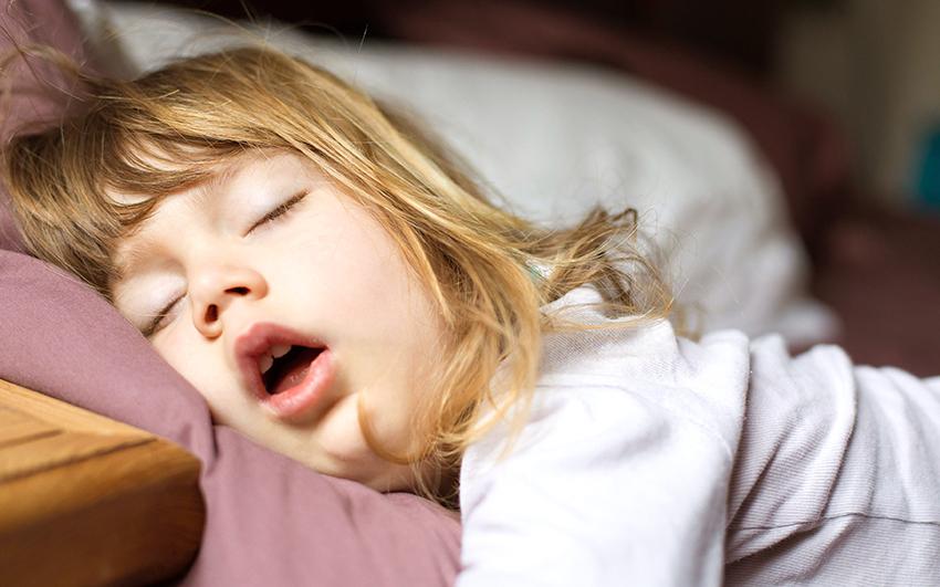 Çocuklarda Horlama ve Uyku Apnesi Neden Olur? | Anneysen