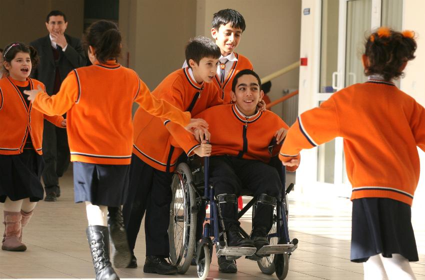 kaynaştırma eğitiminin engelli çocuğa faydaları nelerdir